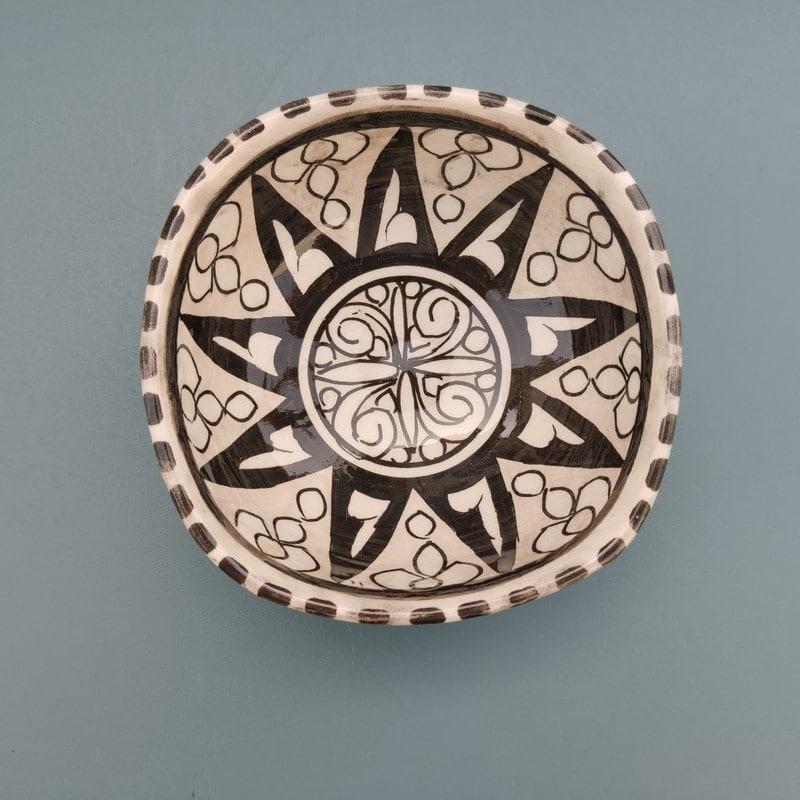 cuenco de cerámica marroquí pintado