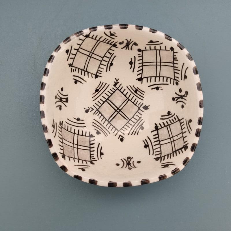 plato árabe y cerámica arabesca
