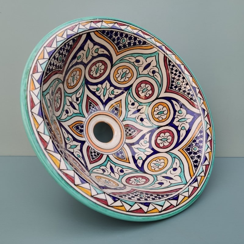 lavabo de cerámica grande