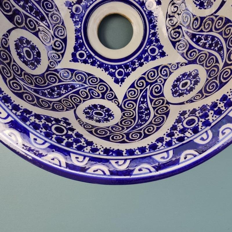 lavabo marroquí pintado de cerámica