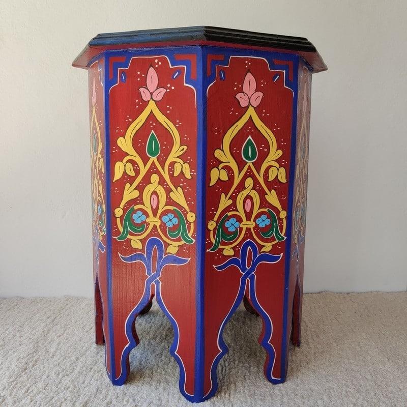 mesa árabe roja