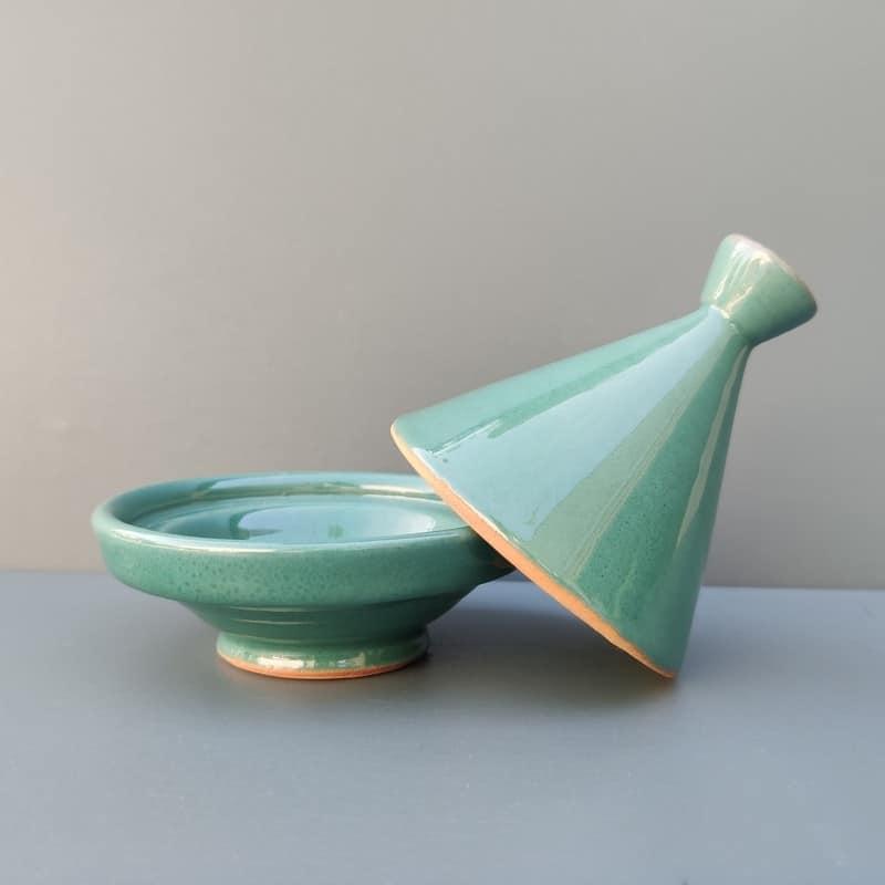 tajine verde de cerámica