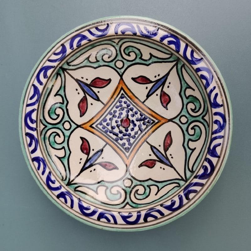 plato cerámica pintada