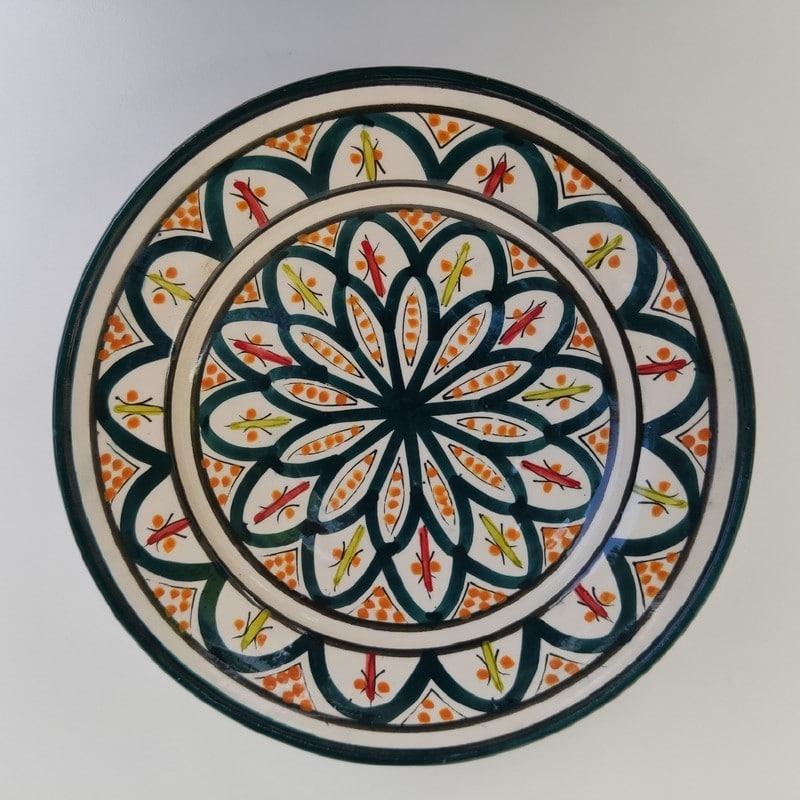 plato de cerámica marroquí pintado